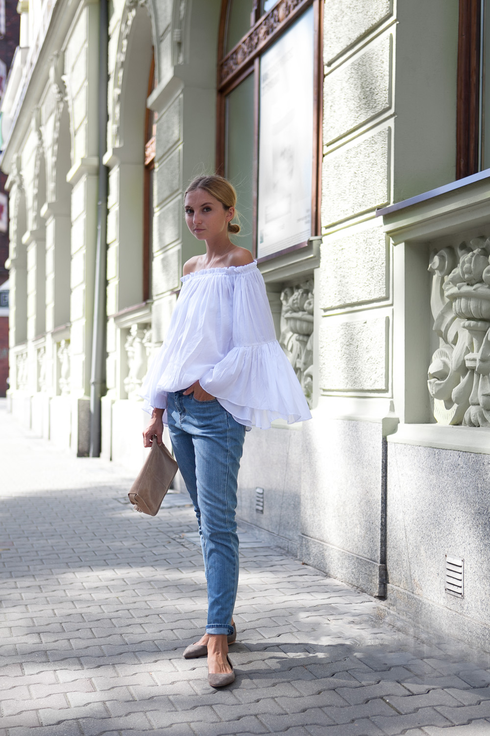 fashion mugging off the shoulder outfit, cheap monday jeans, shein off the shoulder blouse