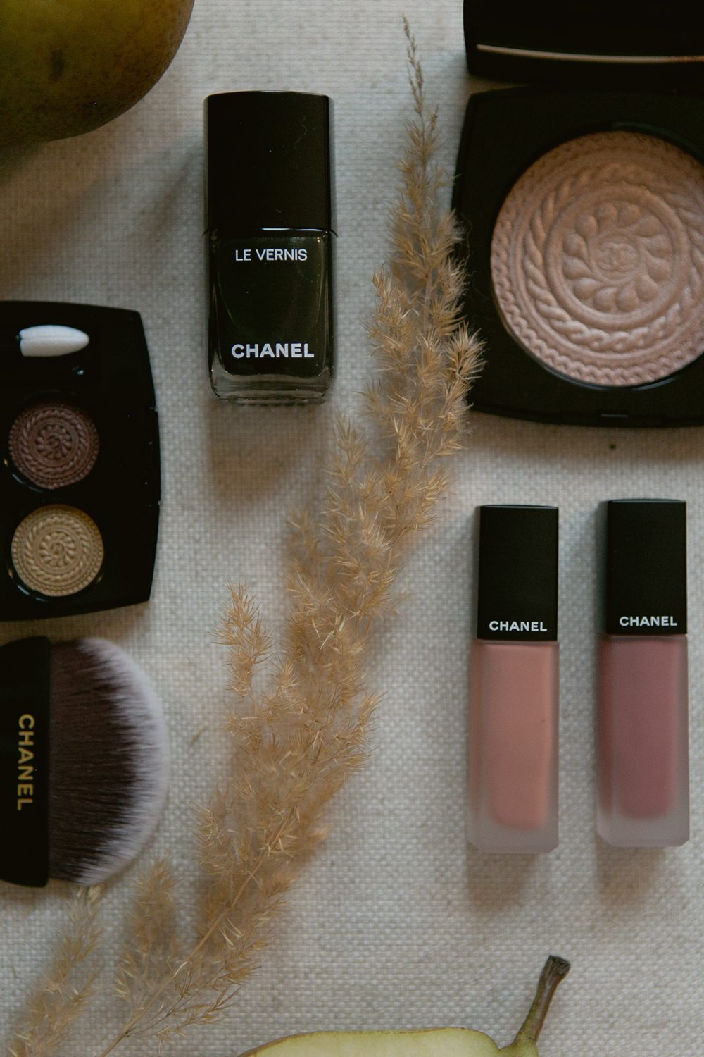 CHANEL MAKE-UP : HOLIDAY 2019